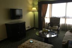 Pyramisa Suites Hotel - Wohnraum