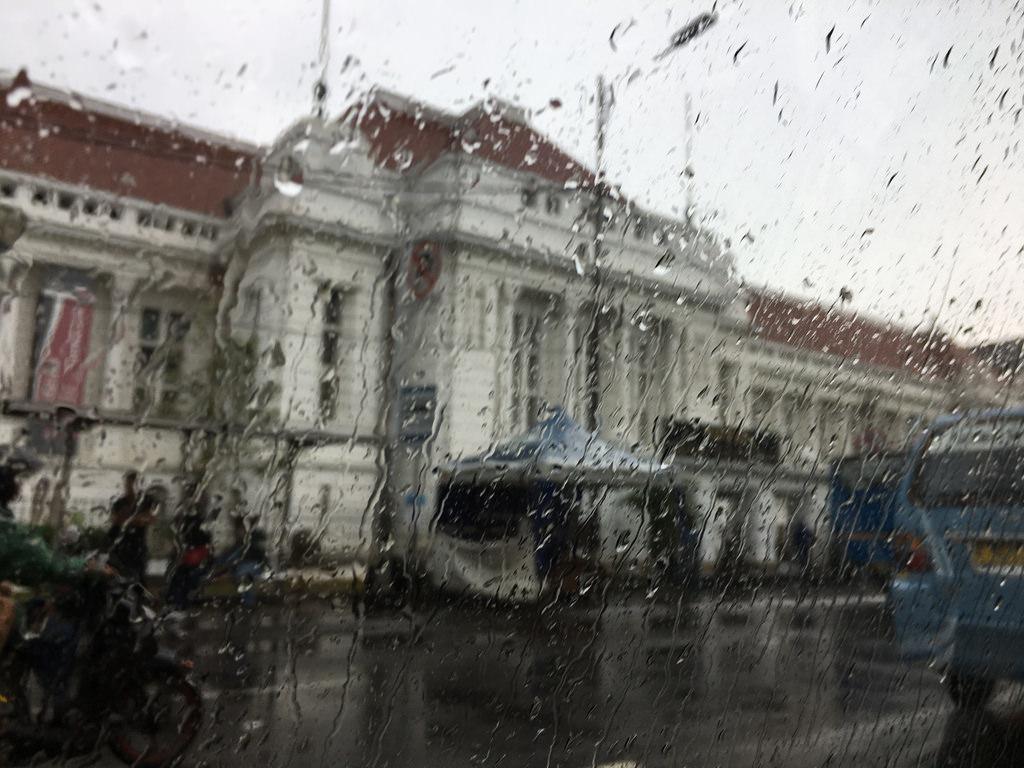 Jakarta bei Regen