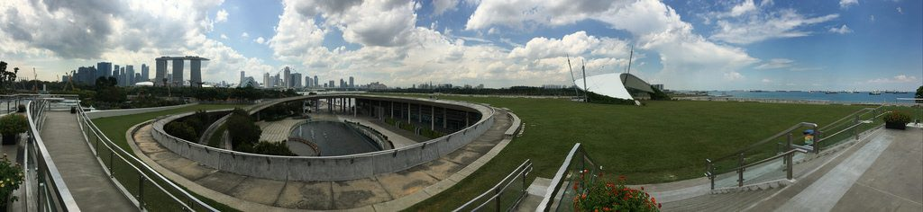 Marina Barrage Top