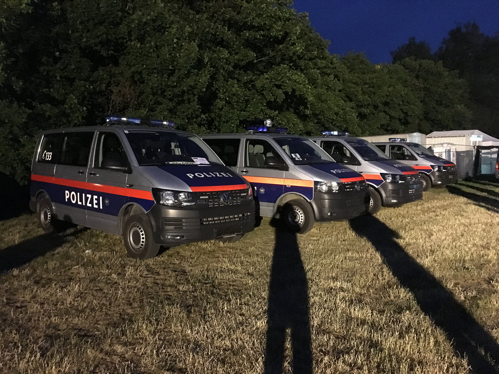 Donauinselfest 2017 - Polizeiautos