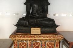 Wat Benchamabophit - Buddhas
