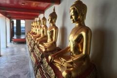 Wat Pho - Aufgereihte Buddhas